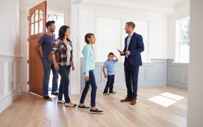 5 Reasons to Hire a Real Estate Agent When Buying a Home